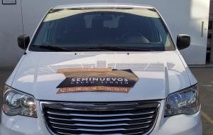 Frente  Chrysler Town & Country